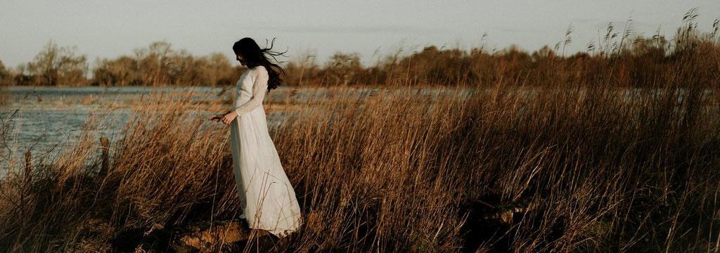 Robe de mariée Bohème Nantes - Maud Vigneau Les mariees de caractere